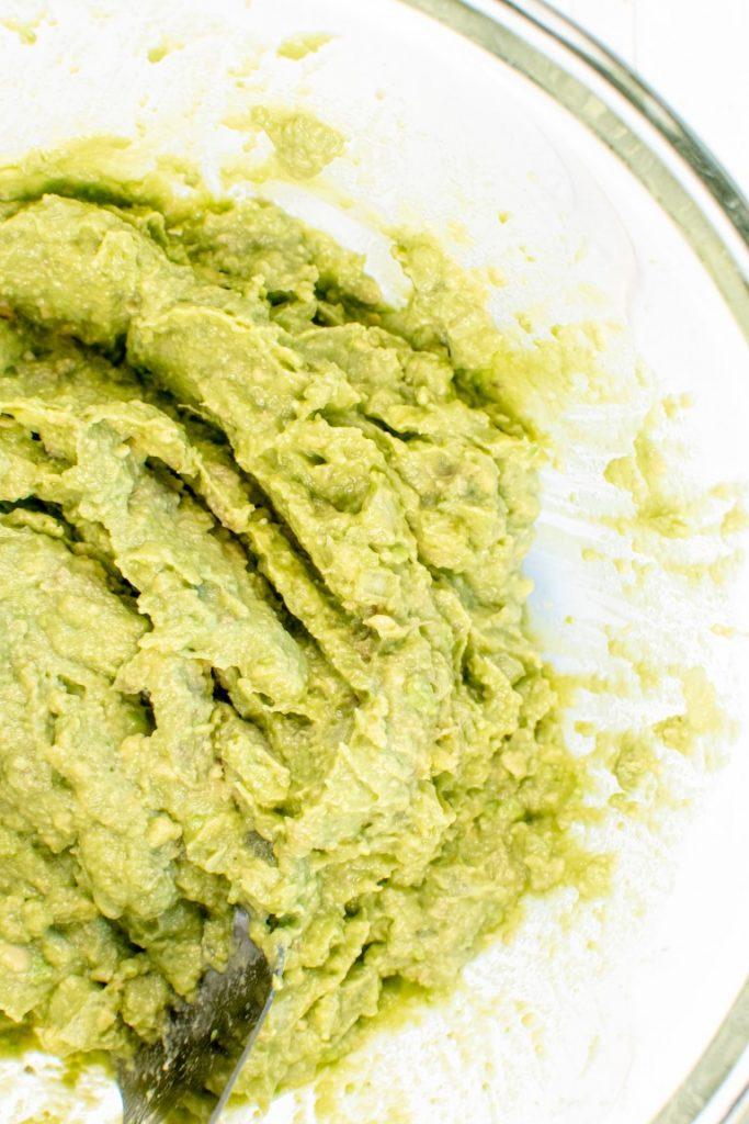 Best 4 Ingredient Guacamole