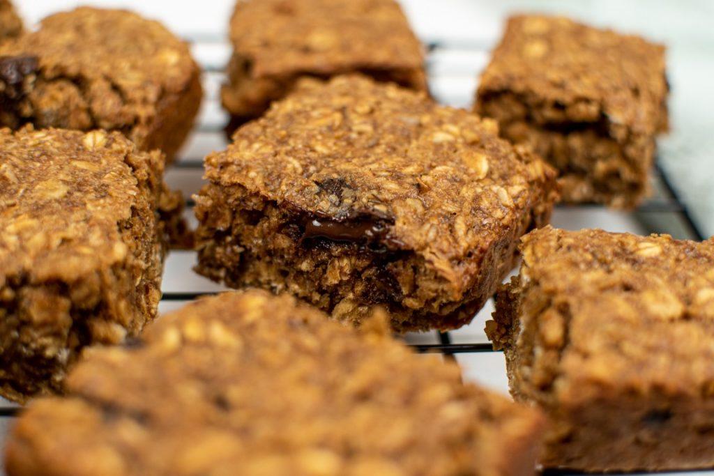 Oatmeal Chocolate Chip Breakfast Bars