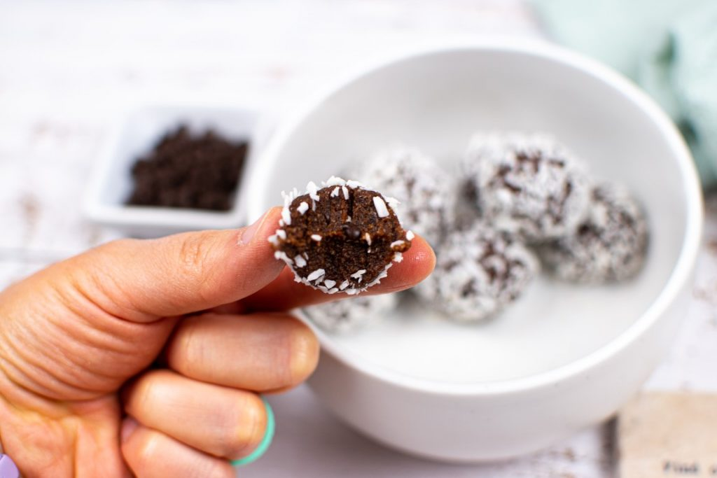 Double Chocolate Coconut Energy Balls