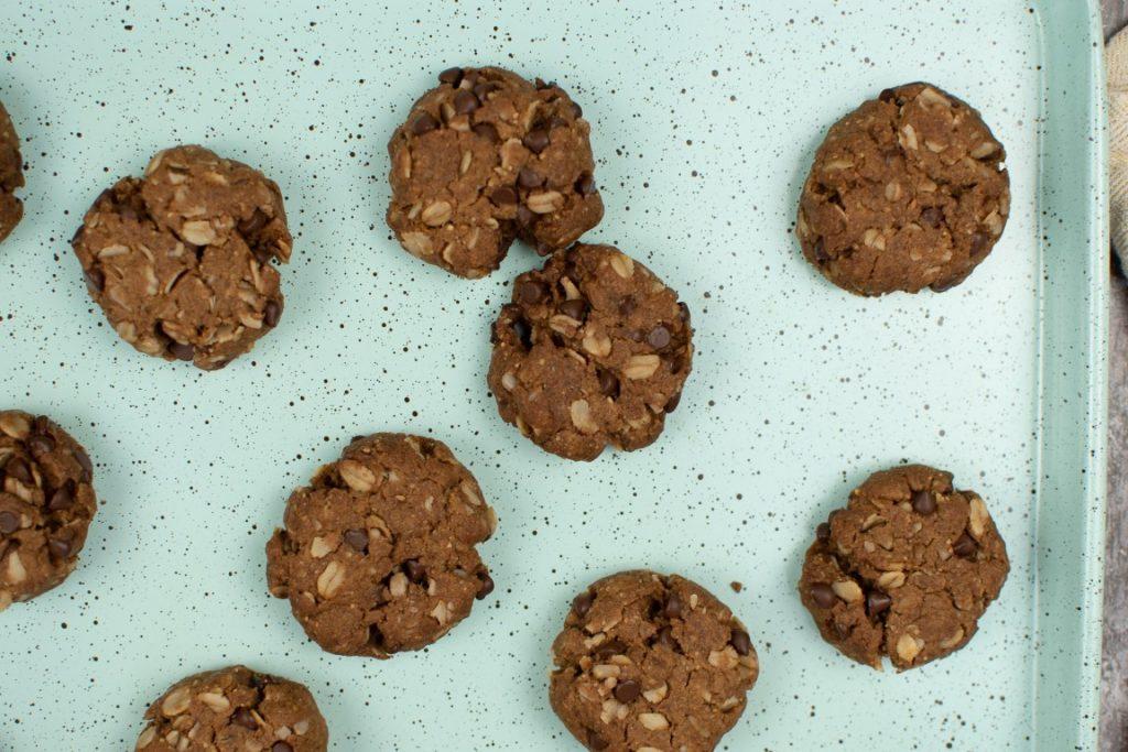 Mini Chocolate Oat Cookies