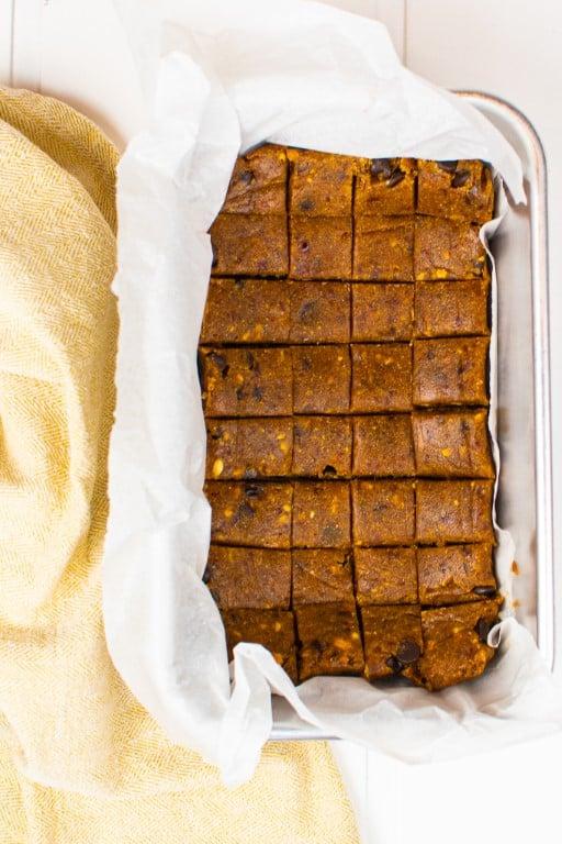 Chunky No Bake Date Bars